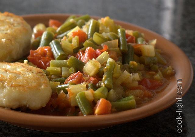 стручковая фасоль в томатно-чесночном соусе