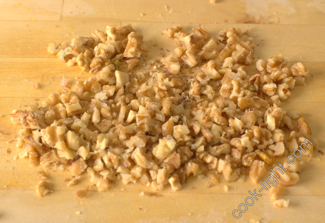грецкие орехи измельчить